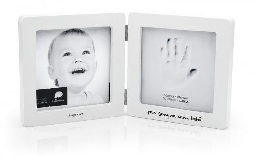 Um presente mais que especial para marcar bons momentos. De um lado porta-retrato, do outro, a mãozinha do seu bebê para ficar registrada e mostrar quem será pra sempre o seu pequeno grande amor.